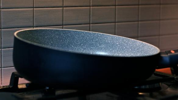 nonstik wok2